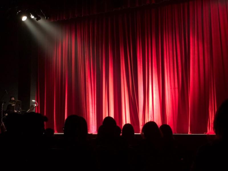 NEUSTART KULTUR: Theater in Bewegung